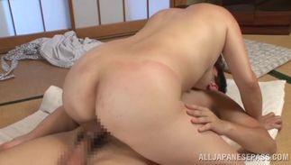 Dude got a nice oral sex from a voluptous busty Yuuko Kuremachi and enjoyed it a lot