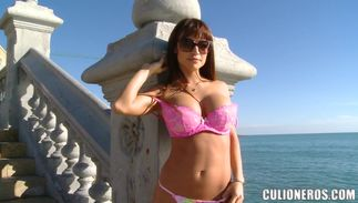 Magnificent latin redhead Franceska Jaimes with handsome tits strokes her curvy large pole