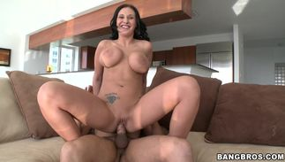 Luxurious brown-haired playgirl Bella Blaze with curvy natural tits is fucking a pussy tester she likes a lot