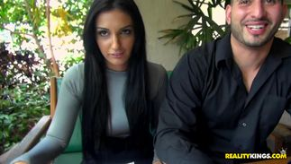 Perverted bosomed minx Amber Cox wants fellow to slam her